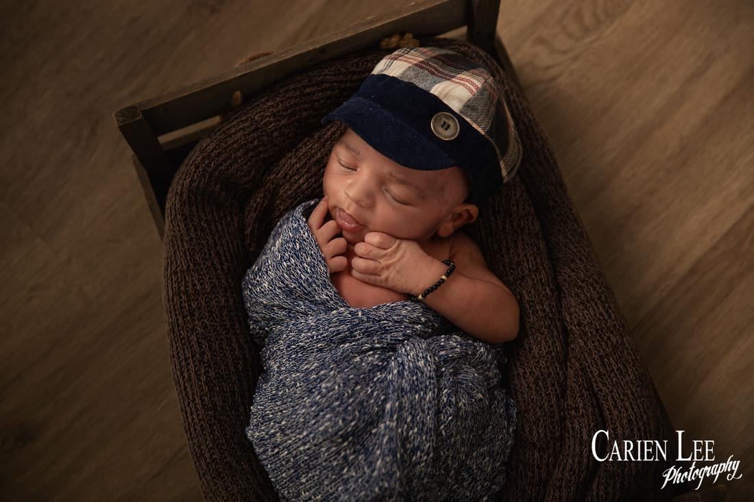 Heath's newborn and family session-161