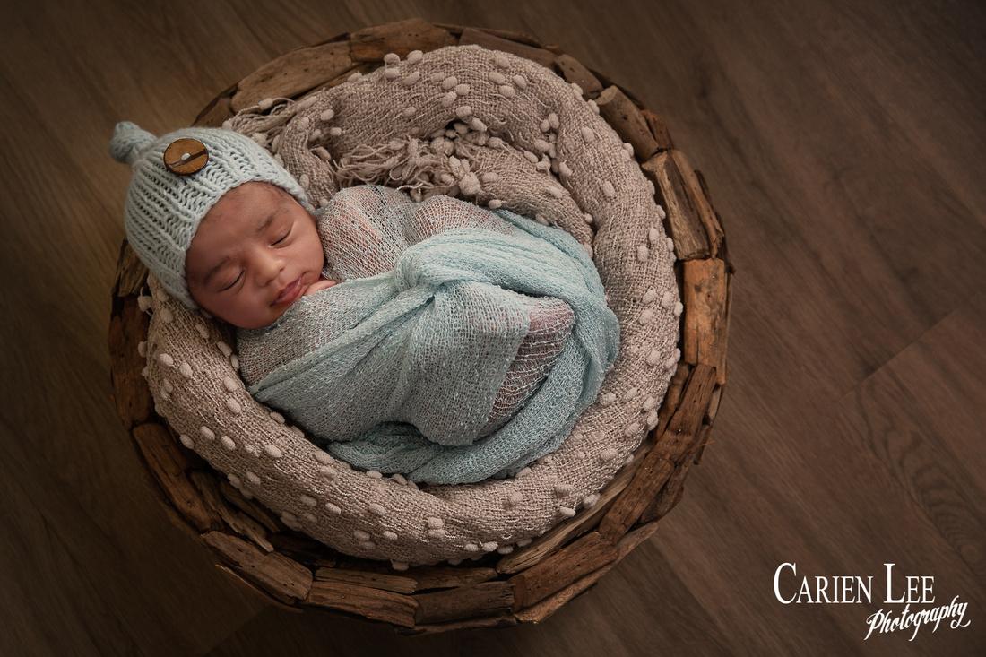 Heath's newborn and family session-138