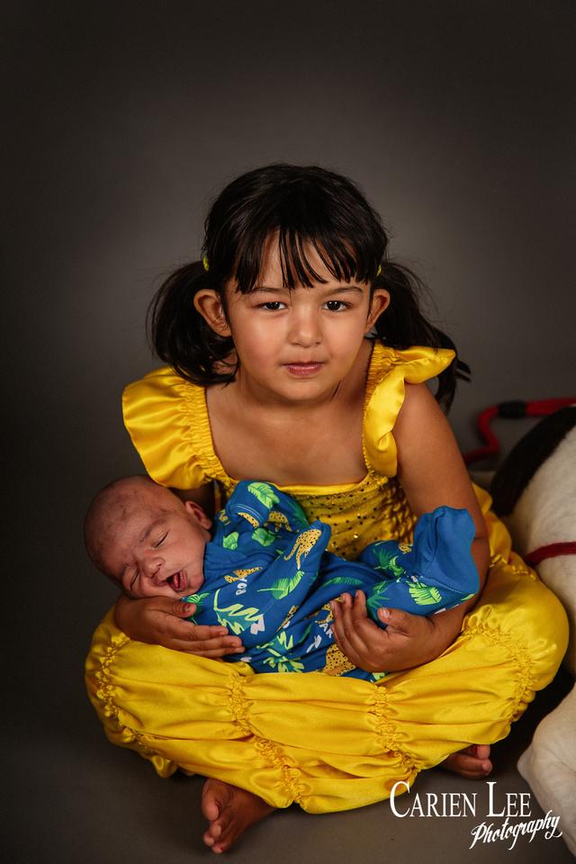 Heath's newborn and family session-50