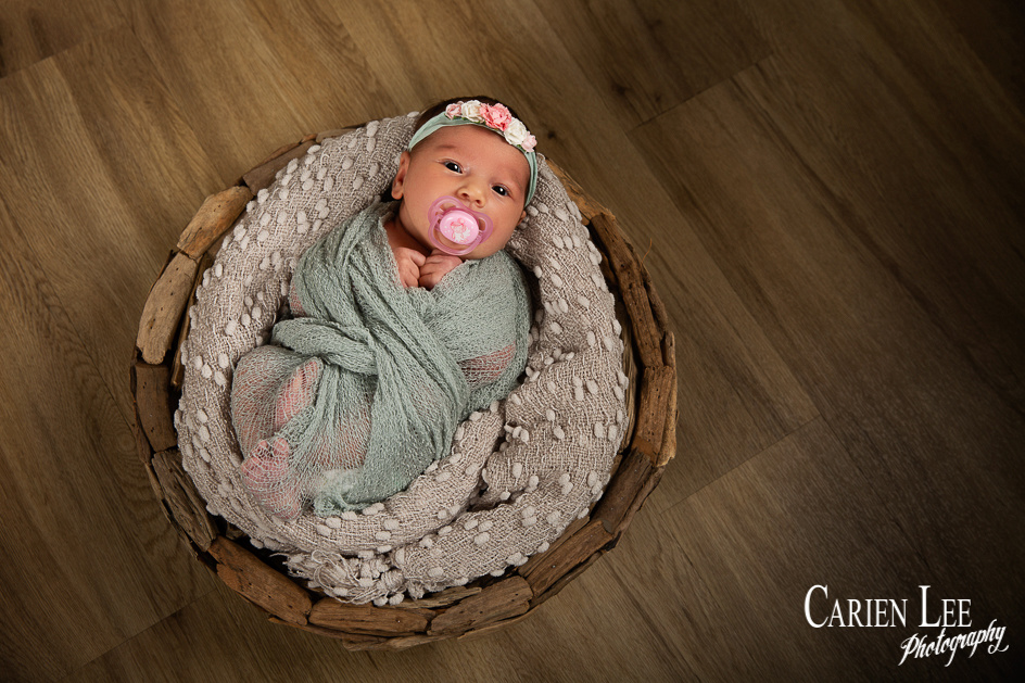 Gill family and newborn session-21