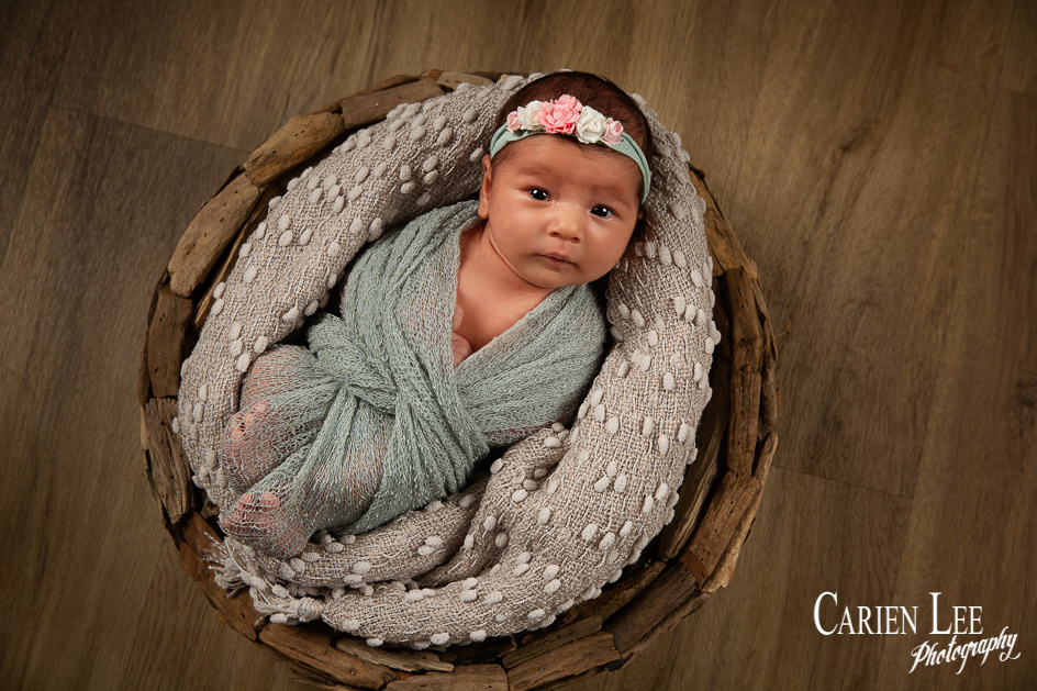 Gill family and newborn session-22