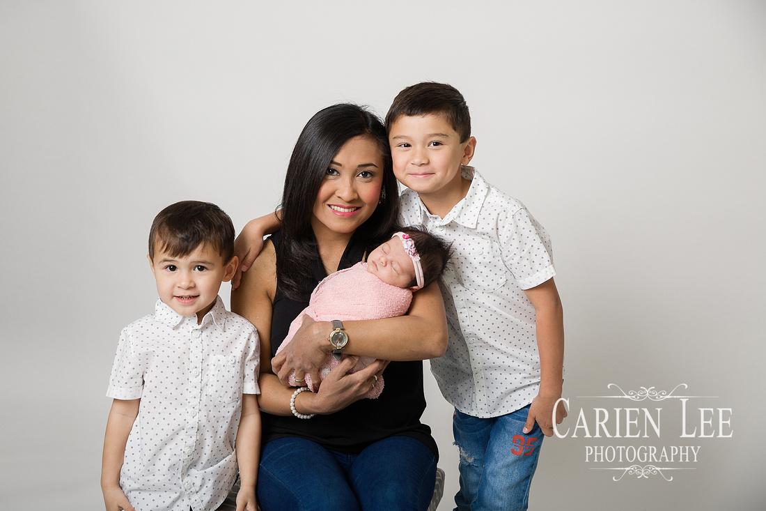 Roney Family Newborn session-12