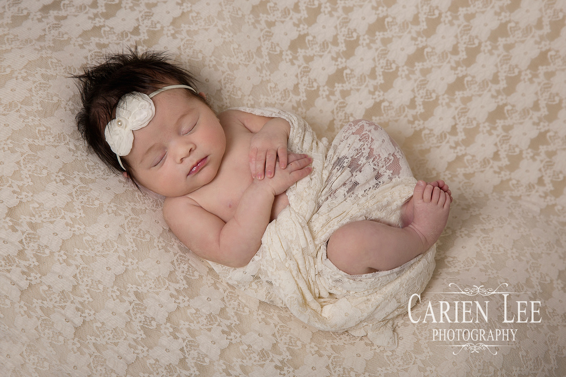 Roney Family Newborn session-24