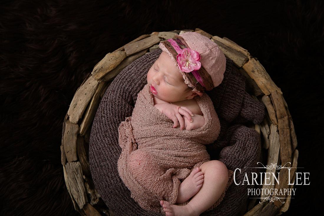 Bunbury Newborn photographer JAZLA-65