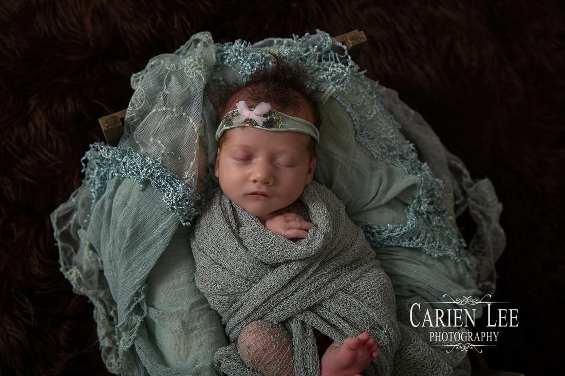 Draper Family Newborn Session TIA-11
